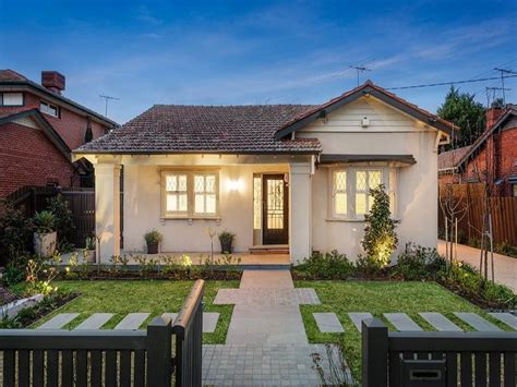 Pavers Californian Bungalow House Exterior With Porch