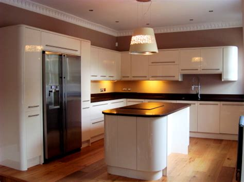 ex display kitchen island for sale approx 14 month howdens gloss kitchen island