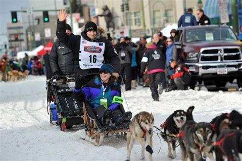 time champion seavey  lead halfway  alaska