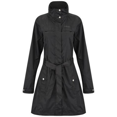 Regatta Womenu0026#39;s Waterfall Waterproof ISOTEX 5000 Mac Jacket - Black Womens Clothing | Zavvi.com