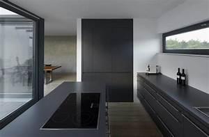 Schwarze Möbel Welche Wandfarbe : schwarze k che 21 elegante design ideen ~ Bigdaddyawards.com Haus und Dekorationen