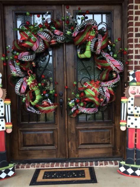 christmas doors wreaths balls images