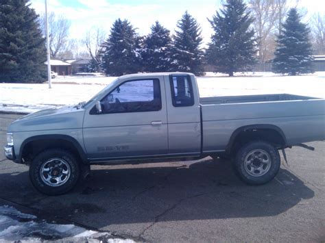 nissan pickup 4x4 1993 nissan pickup 4x4 se extended cab for sale or trade