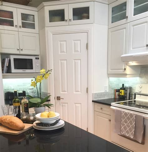 lighting for kitchen cabinets patterson heights kitchen makeover traditional kitchen 9010