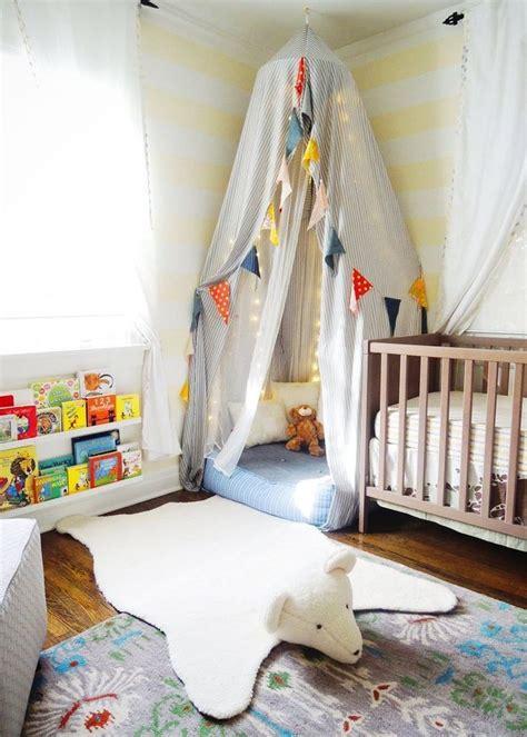 le sur pied chambre bébé 1000 idées sur le thème chambres bébé sur
