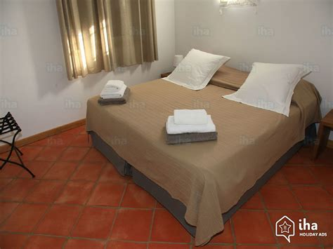 chambre gordes location maison dans une propriété privée à gordes iha 3124