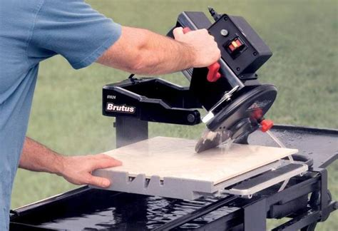 cutting tile how to cut tile with a wet saw at the home depot