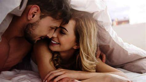 Comment rendre un homme heureux au lit — Nos 4 conseils ...