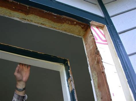 replace  pre hung door wikihow