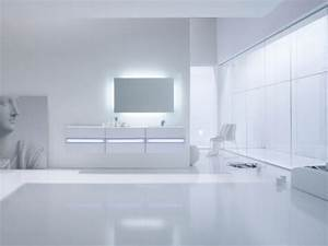 Clean White Minimalist Bathroom by Arlexitalia - DigsDigs