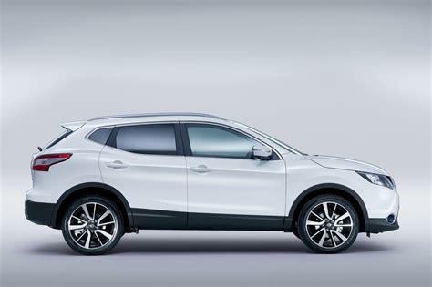 nissan white 2014 nissan qashqai white side indian autos blog