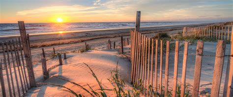 top  reasons  rent monthly   outer banks