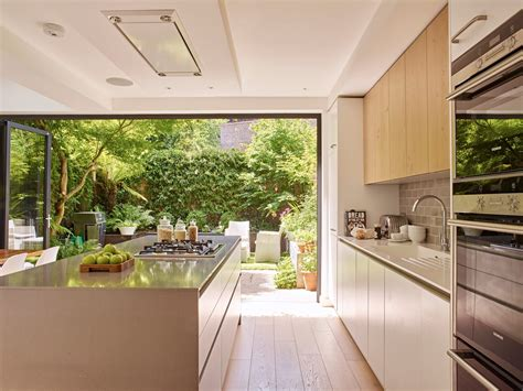 garden view  kitchen door holloways  ludlow bespoke
