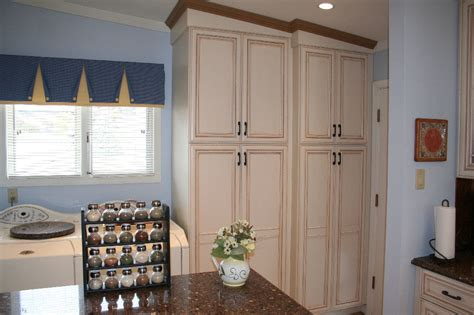 kitchen cabinet decor burrows cabinetry plus 187 our gallery 6688