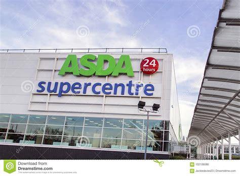 Asda Supercentre εκδοτική εικόνες. εικόνα από παντοπωλεία