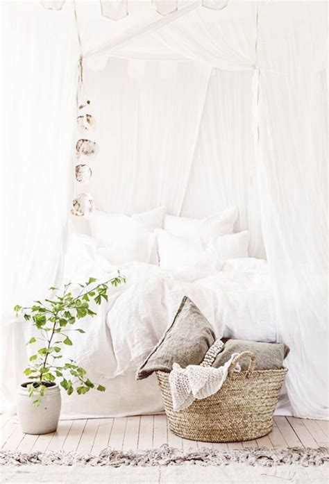 Ridiculously Romantic Beds Cococozy