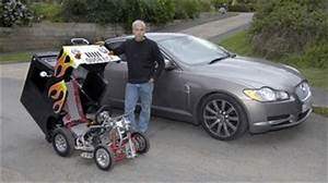 La Plus Petite Voiture Du Monde : la plus petite voiture du monde mesure 1 m tre de haut pour 66cm de large ~ Gottalentnigeria.com Avis de Voitures