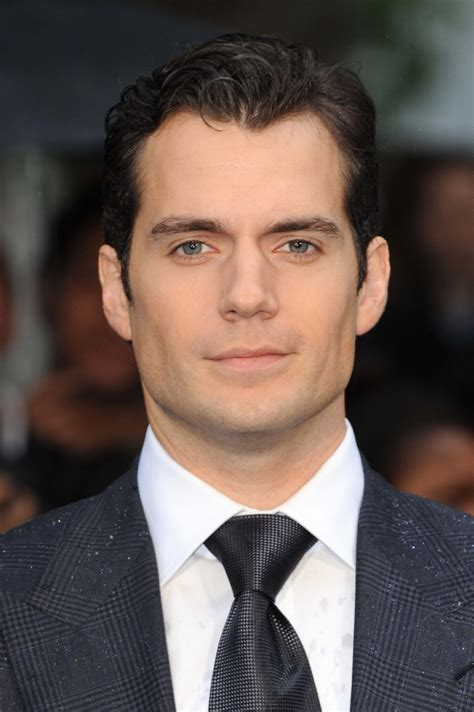 Henry Cavill Weight Height Ethnicity Hair Color Eye Color