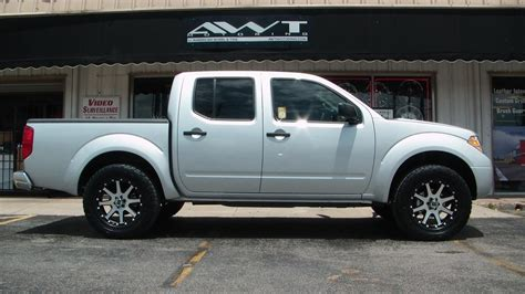nissan frontier gallery awt  road