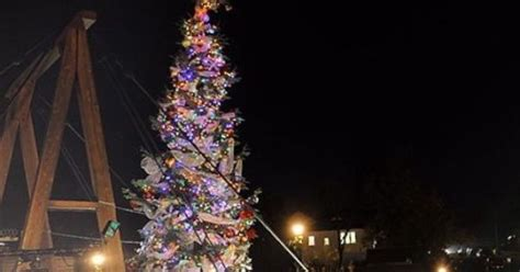 historic folsom california christmas tree lighting