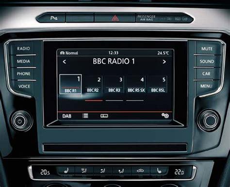 vw radio composition colour explore features volkswagen uk