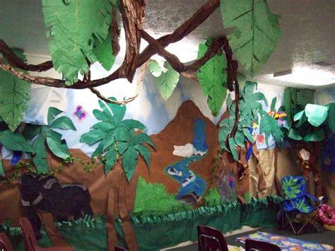 tendance jungle nature luxuriante et camaïeu de verts deco jungle