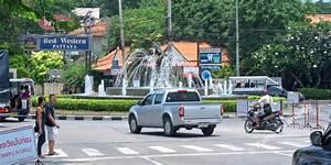 dolphin kreisel kreisverkehr pattaya naklua road With katzennetz balkon mit pattaya palm garden