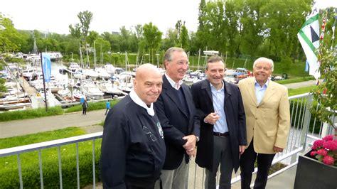 Paradieshafen In Lörick Ist Wassersportzentrum