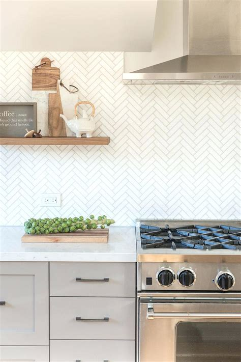 tile kitchen backsplashes subway tile backsplash ideas for the kitchen kitchen