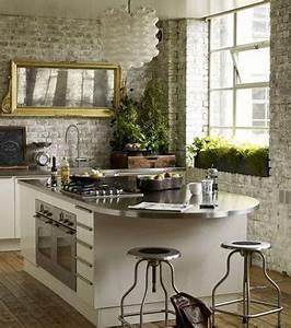 Deco Mur Cuisine : cuisine americaine tendance loft avec mur en brique ~ Teatrodelosmanantiales.com Idées de Décoration