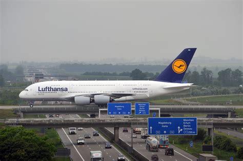 bureau lufthansa wallpaper hd fond ecran gratuit avion a380 airbus