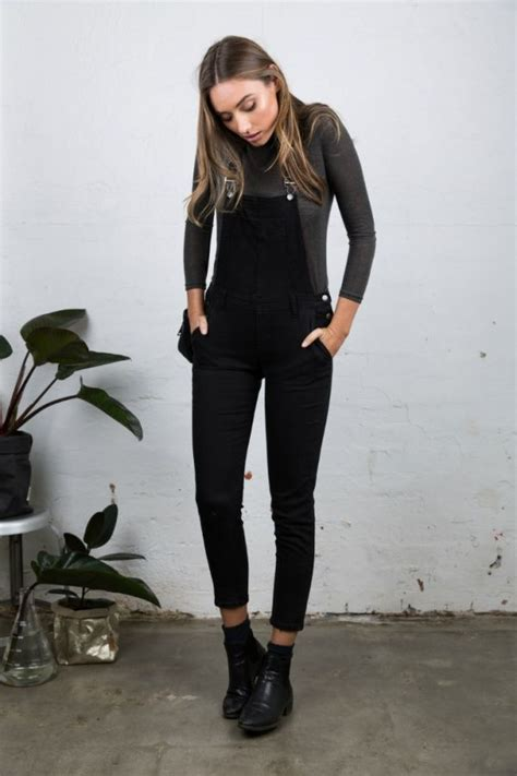 Black overalls booties and turtleneck // fall outfit goals | Fashion )) | Pinterest | Black ...
