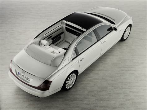 Updated Maybach 62 Landaulet Study