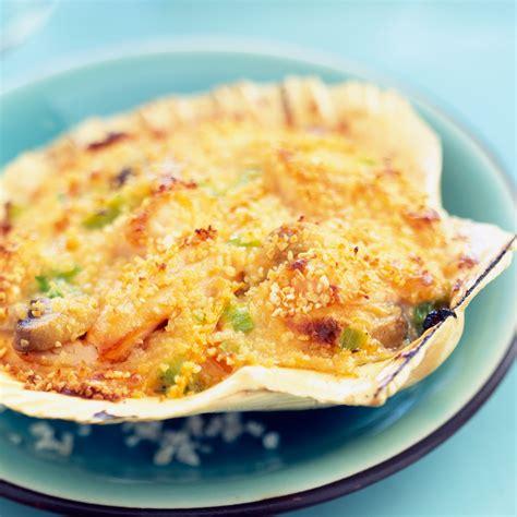 cuisine st jacques coquilles st jacques gratinées recette sur cuisine actuelle