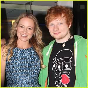 ed sheeran fanshop ed sheeran and the weirdest fan gift was ed sheeran just jared jr