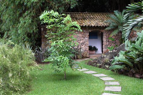 Gartenhaus Massiv Stein by Gartenhaus Aus Stein F 252 R Wen Es Sich Eignet Und Lohnt