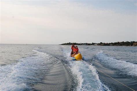 Banana Boat Excursion by Banana Boat Picture Of Roatan Boat Excursions Roatan