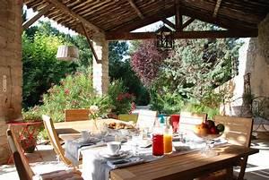 Cuisine chambre dhote aix en provence avec piscine le for Les chambre d hote tf1