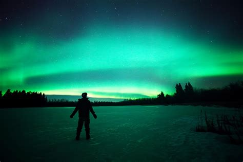 best time to see northern lights when is the best time to see the northern lights the