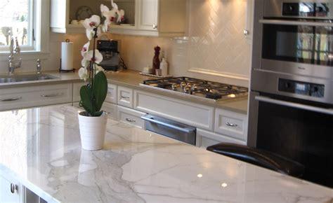 cuisine marbre noir beautiful cuisine moderne orange avec marbre galaxie noir