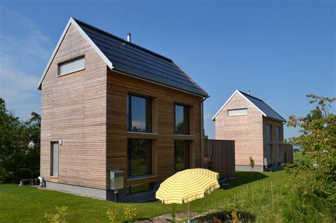 Schöne Kleine Holzhäuser