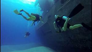 Don Fosters Dive, Ex-USS Kittiwake, Grand Cayman - YouTube