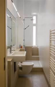 Kleine Moderne Badezimmer : ideen kleine bader schmales badezimmer dusche beige bodenfliesen fliesen pinterest ~ Sanjose-hotels-ca.com Haus und Dekorationen