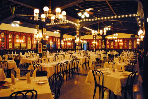 Dining Rooms New Orleans by New Series New Orleans Eats The Suitcase Scholar