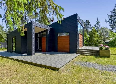 Sep 23, 2018 · scandinavian design is marked by a focus on clean, simple lines, minimalism, and functionality without sacrificing beauty. 18 Captivating Scandinavian Home Exterior Designs You Need To See