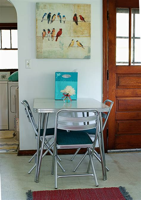 table chrome chairs flea market legs silver dried metallic formica revamp rust primer replaced sprayed pads coats minutes finish
