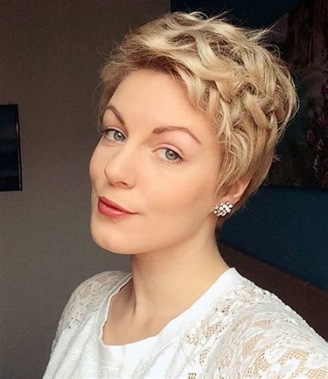 Pictures Of Pixie Hairstyles by 30 Standout Curly And Wavy Pixie Cuts