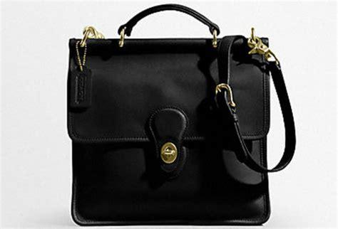 classic coach purse coach classic handbags coach black wristlet 2216