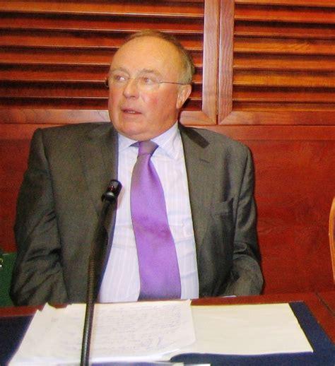 huissier de justice chambre nationale quatre pays de quatre continents rejoignent l uihj lors du