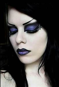 Goth makeup tips from the pros
